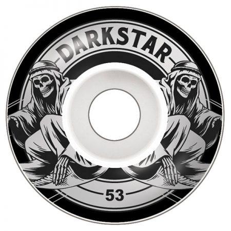 Darkstar 53 mm Magic Silver Tekerlek Seti yanında sticker paketi hediye. Darkstar tekerlekler yüksek kalite urethane bileşiminden üretilmiştir. 1 paketin içerisinde 4 adet tekerlek vardır. fiyat 4 adet tekerlek için geçerlidir. 1 adet sipariş verdiğinizde 4 tekerlekten oluşan seti satın almış olursunuz. Sertlik: 99 A Darkstar Tarihi: Darkstar profesyonel kaykaycı Chet Thomas tarafından 1997 yılında kurulmuştur.Kurulduğu günden bu yana duruşunu bozmadan çok geniş bir kitleye hitap etmektedir. Bunun en büyük sebebi ürettiği tahta ve tekerlekler en üst kalite olmasından kaynaklanır. Aynı zamanda Darkstar kaykay dünyasının en elit takımlarından birisine sahiptir.